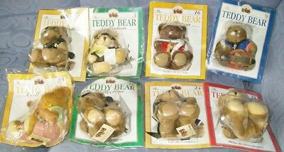 The TEDDY BEAR COLLECTION - 8 Bears MIP