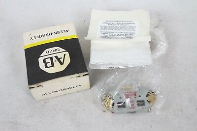 New NOS NIB Allen Bradley Quality 700-CPM Contact Cartridge