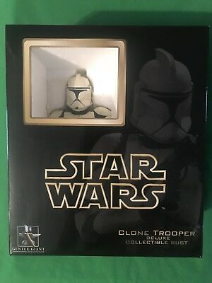Gentle Giant Star Wars Deluxe CLONE TROOPER White Collectible Bust