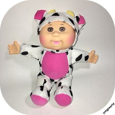 """Cabbage Patch Kids Cuties Collection Clara Cow 9"""" Baby Doll"""