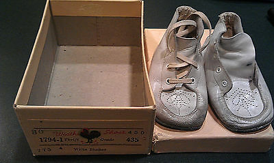 Vintage Infants Baby Shoes WEATHERBIRD in box