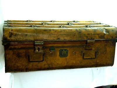 Large Antique/Vintage Steamer Travel Trunk/Chest/Coffee Table/Blanket Box