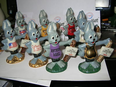 Wade Travelhare   Collection Of 8 Arthur Hares 1998-99