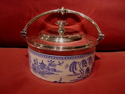 Beautiful Vintage Copeland Blue And White Oriental Willow Pattern Lidded Dish