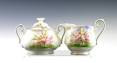 Nice Royal Albert Blossom Time Pattern Large Cream & Covered Sugar Bowl England