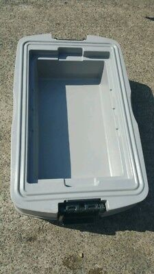 Rubbermaid Catering Coolbox