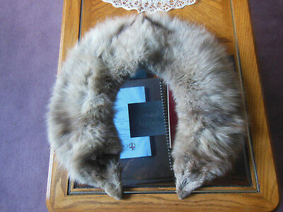 vintage fox fur stole/collar inngood condition
