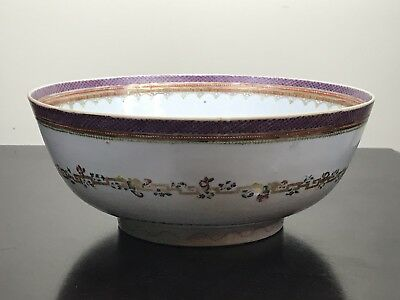 A Large 11 Inches CHINESE ANTIQUE FAMILLE ROSE PORCELAIN  BOWL