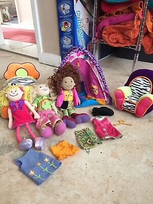 Fab Groovy Girls,tent bundle, 3 dolls perfect condition including tent and chair
