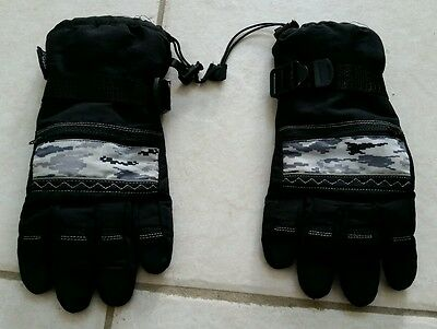 Thinsulate Waterproof Gloves size 8-16 youth - black
