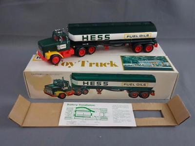 Vtg 1977 Hess Fuel Oils Toy Truck Working w/Box, Instructions & Inserts - A