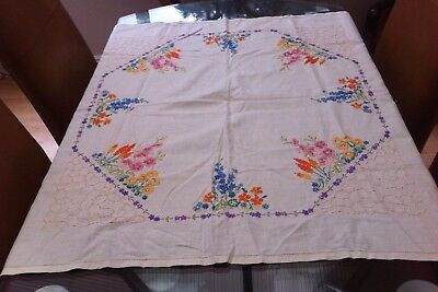 """Vintage Cream Cotton And Hand Embroidered Floral Tablecloth ~ 34"""" X 32"""""""