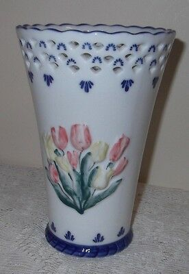 A Floral Paten Vase 'delfs Hand Painted Made In Holland