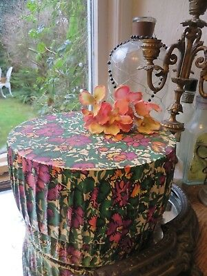 CHARMING VINTAGE FRENCH FLORAL BOUDOIR BOX ~ VINTAGE DISPLAY / GIFT BOX 1950's