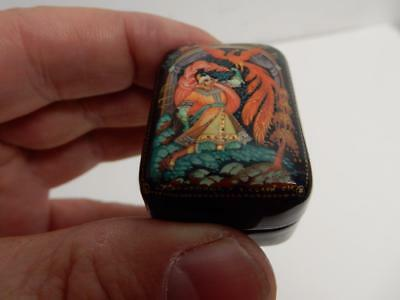 VINTAGE old Russian LACQUER BOX  pill box