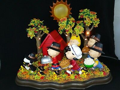 """RARE Danbury MintPEANUTS """"A Time To Give Thanks"""" Thanksgiving Lighted Sculpture"""