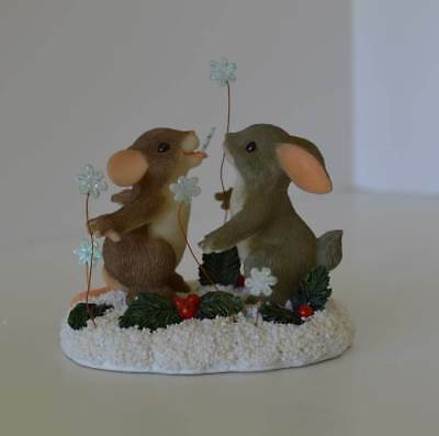 """Charming Tails """"Catch'in Snowflakes"""" – Limited Edition Piece - #87/129"""