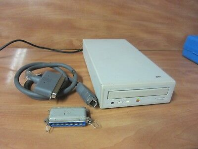 Vintage AppleCD 600e External SCSI CD ROM Drive. FREE SHIPPING.