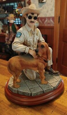 """Vanmark Legends of the Law """"Heroic Hound"""" Sculpture Edition #1/1511 TH86516 1998"""