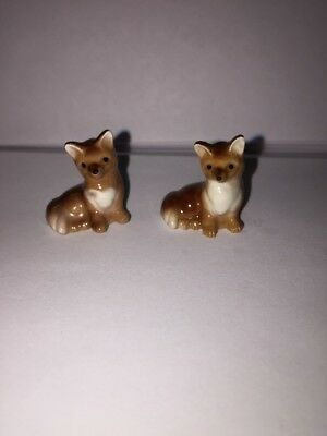 Hagen Renaker Lot Of 2  Miniature Baby Foxes