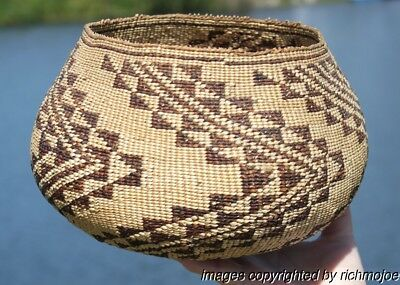 VERY FINE RARE LARGE OLD NORTHERN CALIFORNIA PIT RIVER WINTU INDIAN BASKET c1900