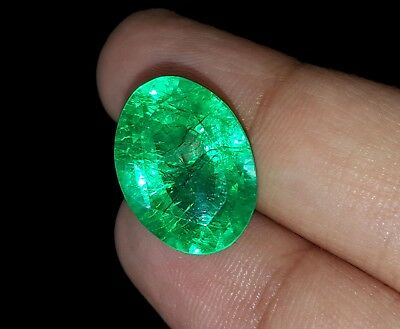 Oval Shape 10.27 Ct Marvelous Natural Certificate Colombian Emerald