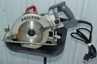 "Skilsaw Model 77 7-1/4"" Worm Drive Saw Runs Excellent"