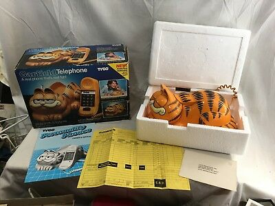 Neat Vintage TYCO Garfield Cat Phone w/ Box & Papers Working Eyes Open & Close