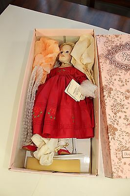 RARE ~ DOLLS BY PAULINE APPLAUSE ~ NOELLE ~ Christmas Doll 1991 G2