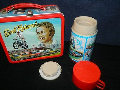 L@@k 1974 Evil Knievel Picture Vintage Metal Lunch Box With Thermos Good Cond
