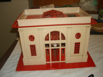 Lionel Standard Gauge Prewar Original #115 Ivory/red Roof Start/stop Station, E