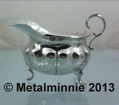 Handsome Traditional Edwardian English Silver Sauce Boat George Unite 1902