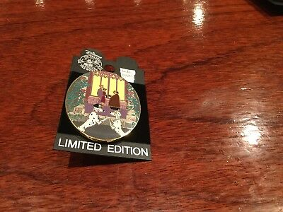 disney auction pin Dalmations  le 1000   retired