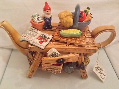 Rare Cardew Collectable Large Novelty Teapot Gnome Gardening Bench Grt Condition