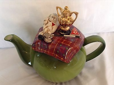 Cardew Collectable Novelty Large Betty Teapot Eagles Golf Trophy Great Condition
