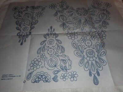 Large Vintage Embroidery Iron on Transfer - Flowers