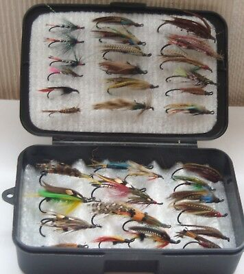 BLACK PLASTIC FLY BOX with 36 SALMON/TROUT FLIES/LURE for FLY FISHING
