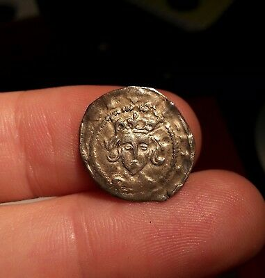 Hammered Medieval silver penny un-researched Henry - Richard?
