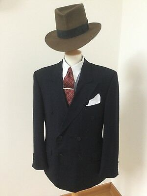 Man's 1930/40's Style Suit . Size 42R. 100% Wool.