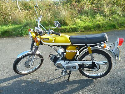 YAMAHA FS1E in immaculate condition a matching numbers bike.