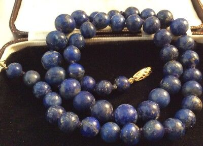 Vintage Jewellery lovely Real Lapis Lazuli Graduated Bead Necklace