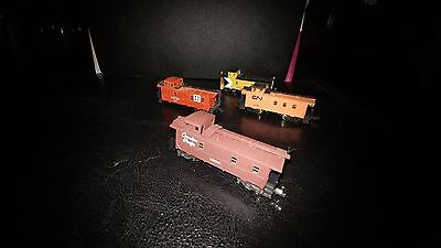 N scale set of four cabooses