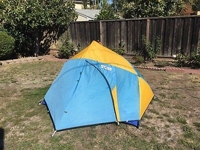 Vintage Sierra Designs Lookout 2 person tent ultralight  used once! NR