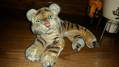 vintage steiff tiger 9 inches long 5 inches high no tag or button Germany