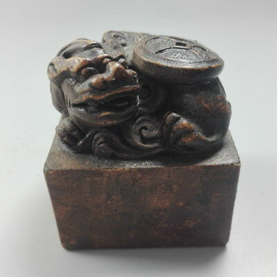 China Decorative Handwork Jade Carved Male Lion Delicacy Seal