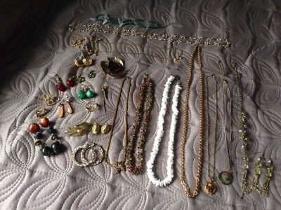 Large Job Lot 25 Vintage & Modern Jewellery Necklaces/Brooches/ Earrings Used