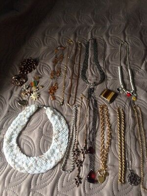 Large Job Lot X 25 Items Vintage & Modern Jewellery Necklace/Brooches Used