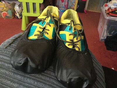 Storm Lightning Bowling Shoes Us12 Uk11 With Robbys Shoe Covers, Used