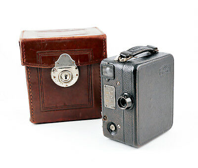 ZEISS IKON KINAMO S10 16mm MOTION PICTURE CAMERA with ORIGINAL ZEISS IKON CASE