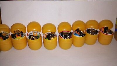 Kinder egg toys complete set of 8 Hot Wheels new in capsules